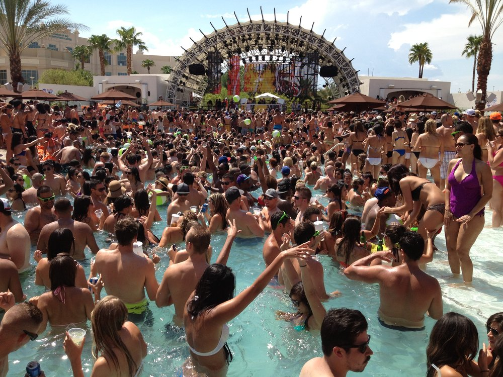 daylight pool party